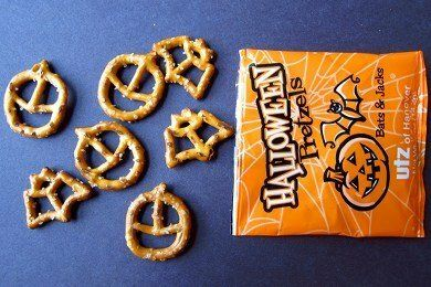 Halloween Pretzels Review