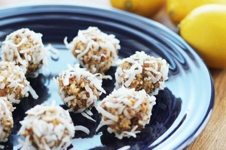 No Bake Lemon Coconut Balls: A Healthy Cookie!