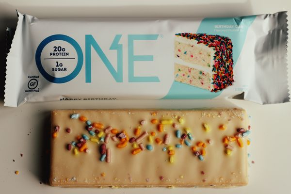 One Protein Bar Review: Is it the One?